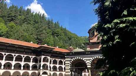 one day tour from sofia to rila monastery